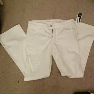 NWT Old Navy White Micro-Flare Jeans